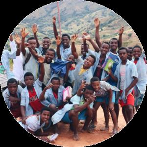 Association Au-delà des montagnes Antanagnambo Madagascar